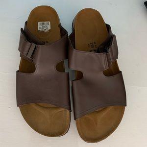 New Birkenstock size Mens 12 / EU 45 brown sandals